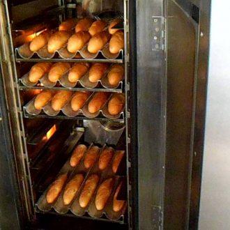 Quá trình nướng bánh mì thành phẩm